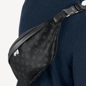 LOUIS VUITTON Damier Graffit Discovery Bum Bag